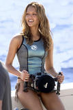 "Jessica Alba and a few from 'Into the Blue' looks like its gunna be h-o-t- Foto 300 (�������� ����� � ��������� �� ""Into The Blue"" �������� ��� ������ Gunna ���� ������� ���� 300)"