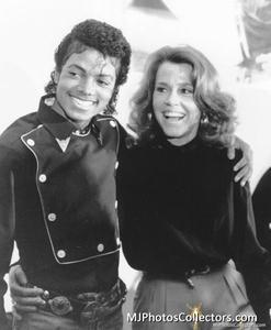 1983 Thriller Certified Platinum Th_794806898_med_gallery_264_34_44649_122_193lo